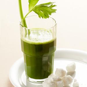 Kale-Celery-Pineapple-Juice