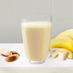 Banánový kokteil s para orechmi